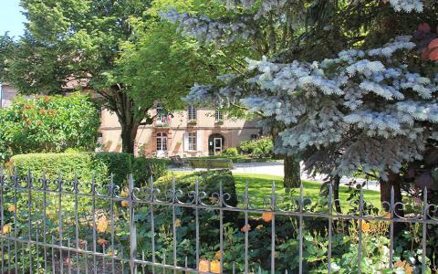 Jardin de l'hôtel de ville - Sézanne