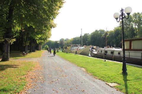 Hautvillers - bord canal